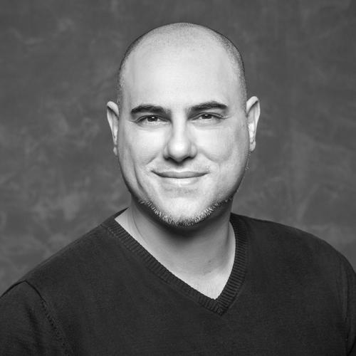 Hüseyin Uzun - Creative Director